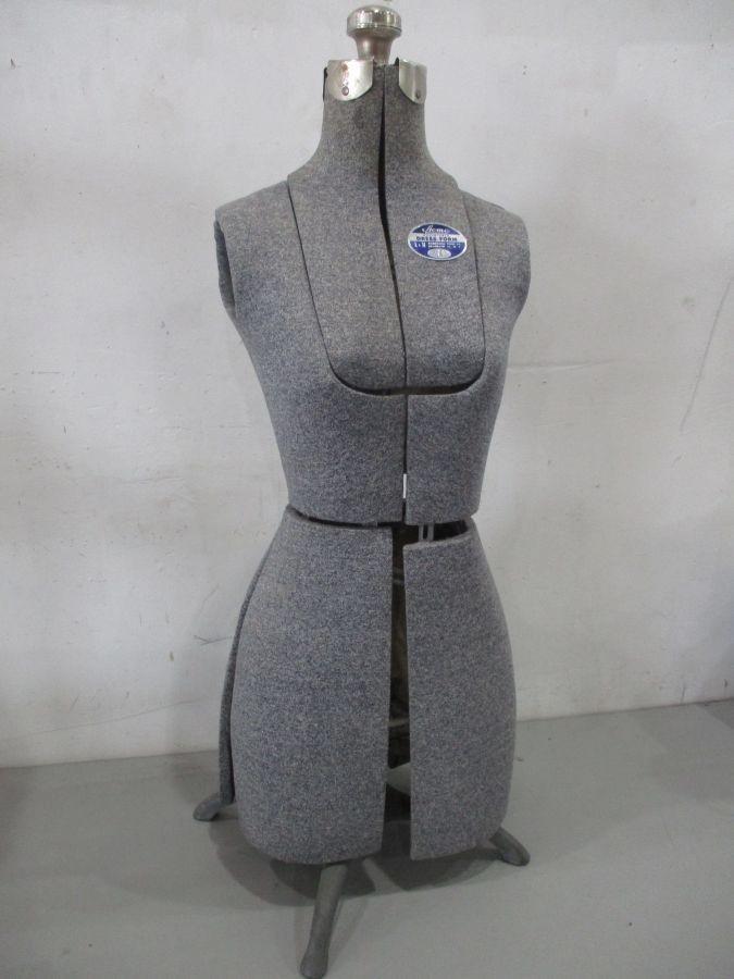 60283a07bf3c8 Vintage Acme Dress Form Jr. Excellent Condition.