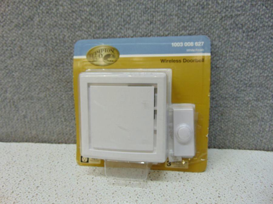 Hampton Bay Wireless Plug-In Door Bell Kit with 1-Push Button in White